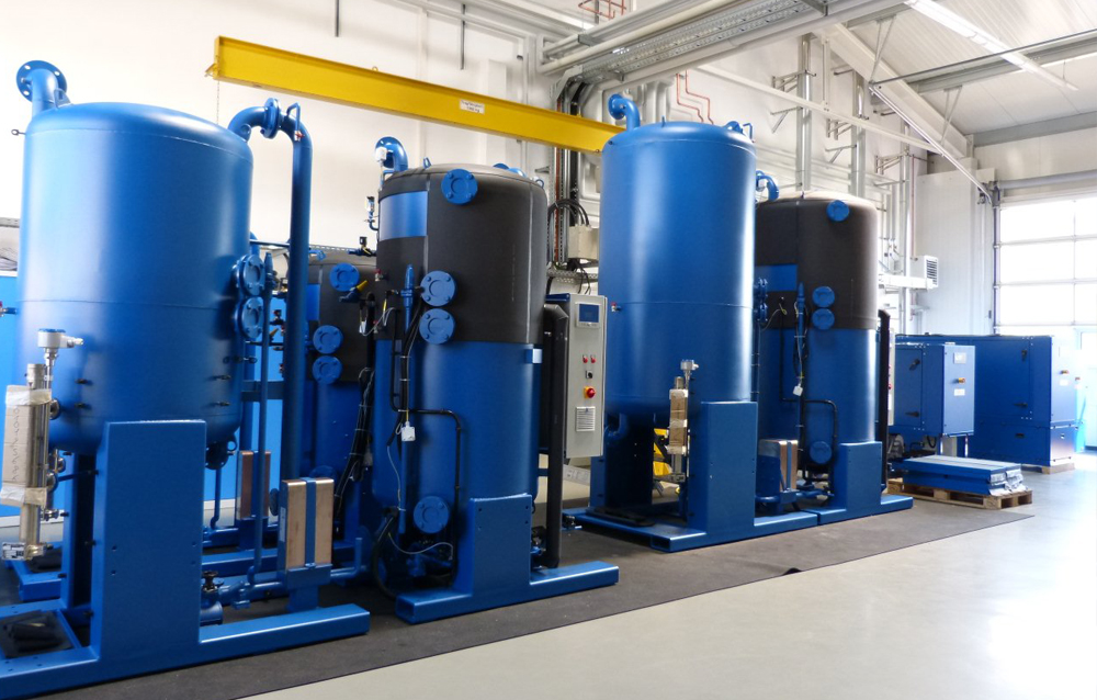 Anlagentechnik der  Wegra Anlagenbau GmbH Westenfeld in der Fertigungshalle