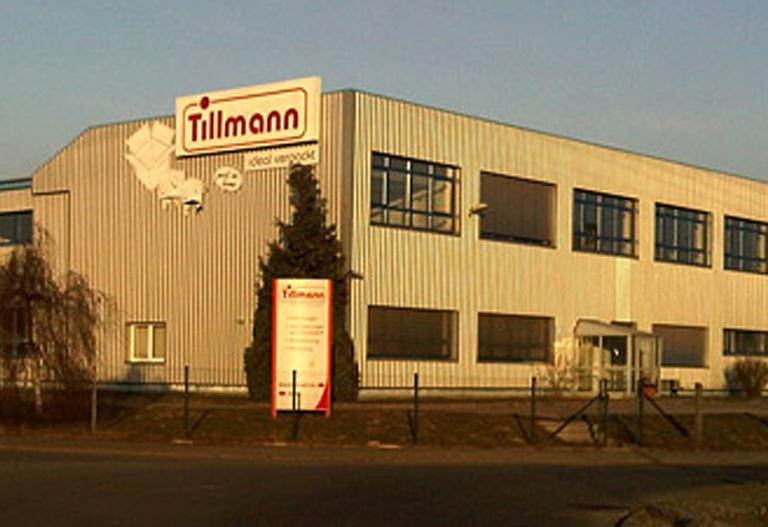 Eine Fabrikhalle der Tillmann Verpackungen Schmalkalden GmbH