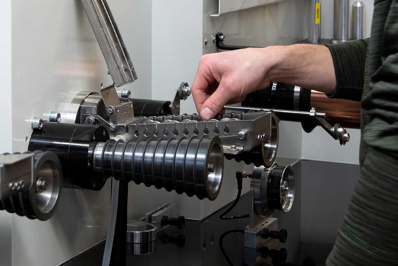 ELSCHUKOM GmbH Drahtmaschine