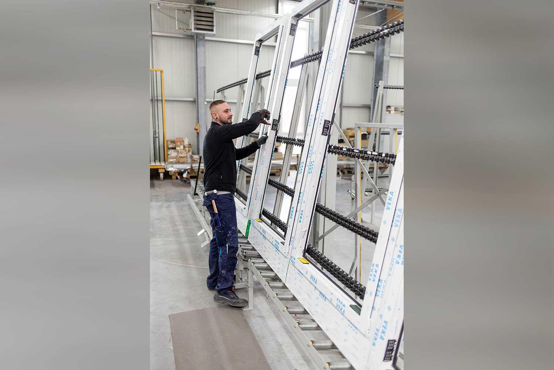 Mitarbeiter Bereich Fensterbau der TMP Fenster + Türen GmbH