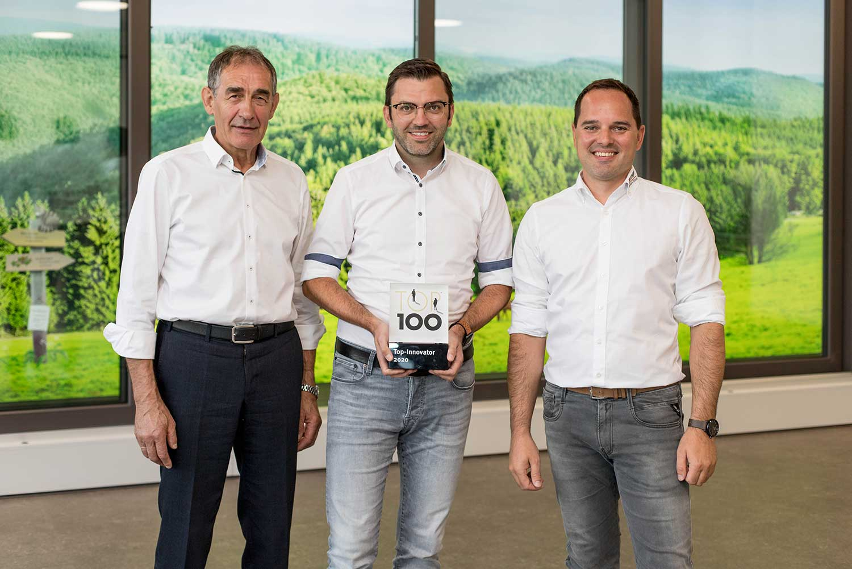 Verleihung des Innovationspreises top 100 an das Unternehmen TMP Fenster + Türen GmbH